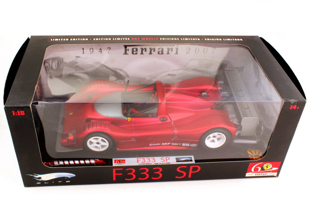 1:18 Ferrari 333 SP matt-rot-chrom