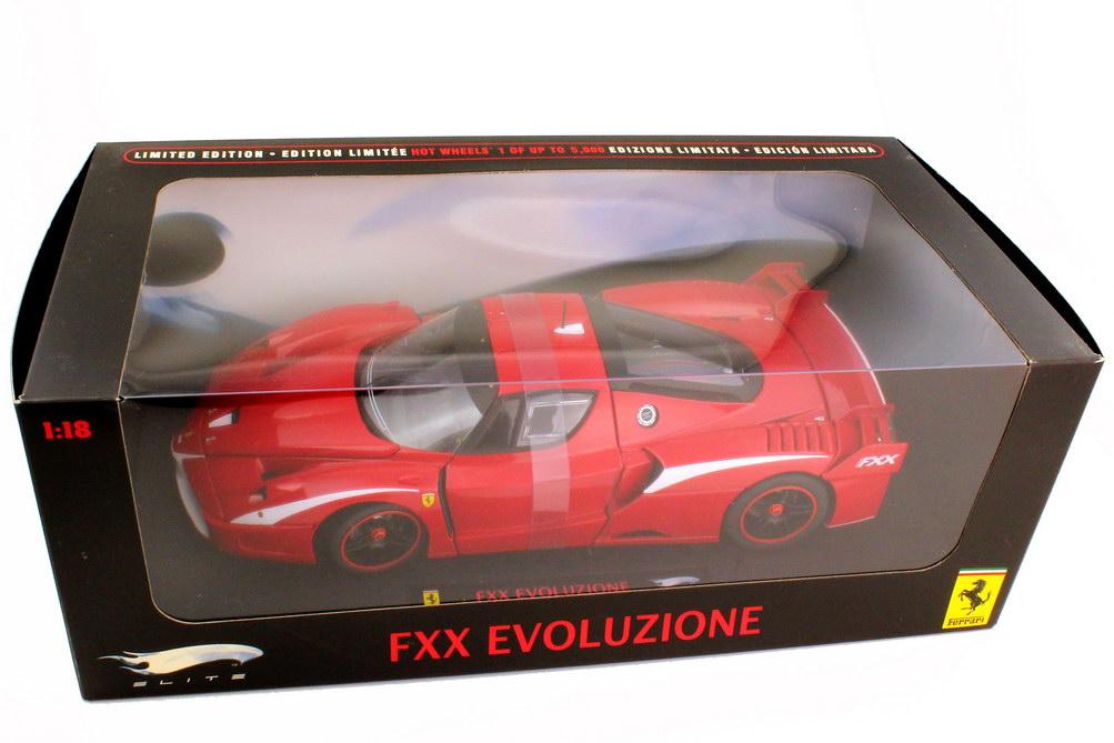 Foto 1:18 Ferrari FXX Evoluzione rot weiß - Elite T6247