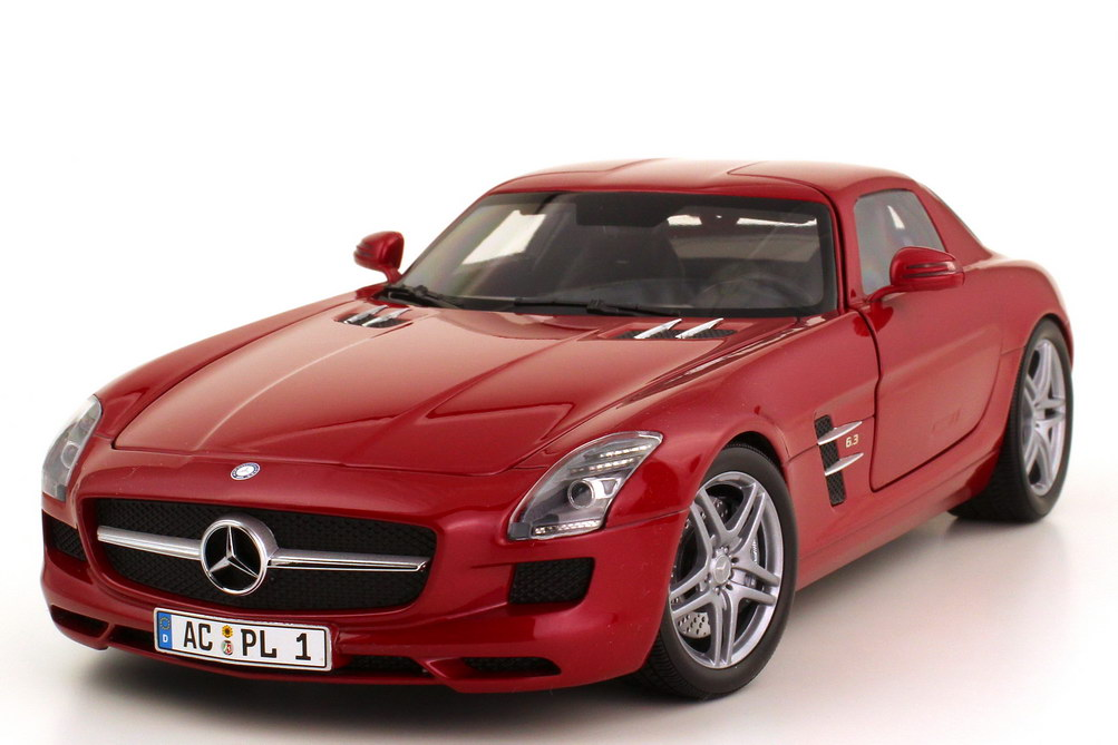 1:18 Mercedes-Benz SLS AMG (C197) le-mans-rot-met.