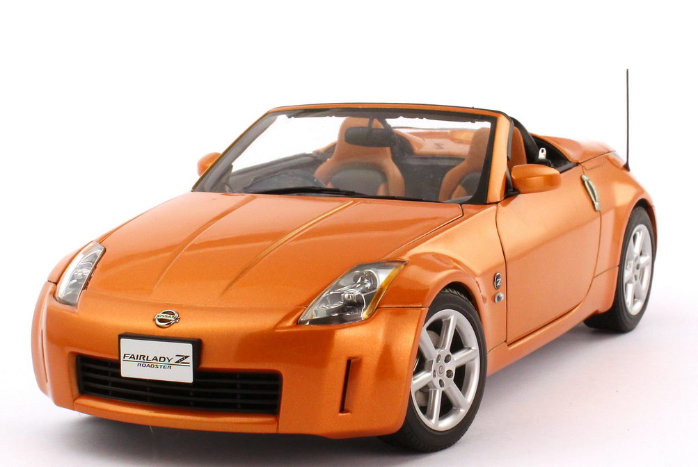 1:18 Nissan Fairlady Z / 350Z Roadster (Z33) RHD sunset-orange-met.