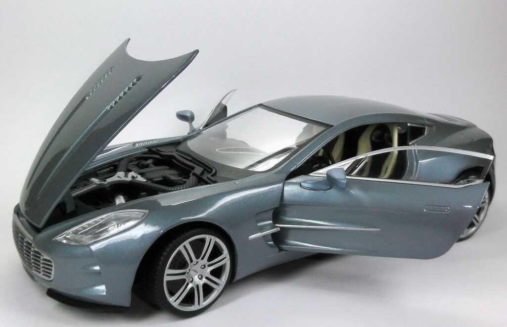 Aston martin one 77 silber grau met mondo motors 50105 for M i motors