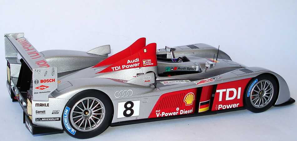 audi r10 tdi 24h von le mans 2006 nr 8 biela pirro werner siegerfahrzeug spark s1808 bild 7. Black Bedroom Furniture Sets. Home Design Ideas