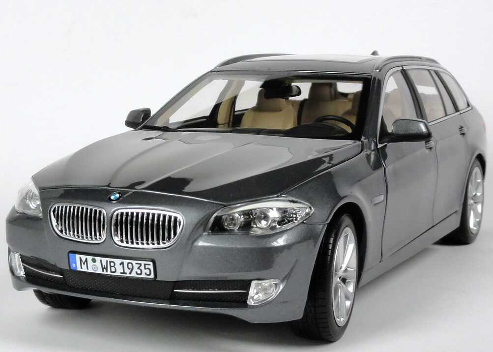 bmw 5er 550i touring f11 spacegrau met werbemodell. Black Bedroom Furniture Sets. Home Design Ideas