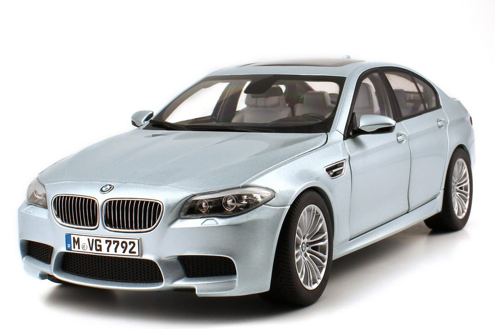 1:18 BMW M5 (F10) silverstone-II-met. (BMW)