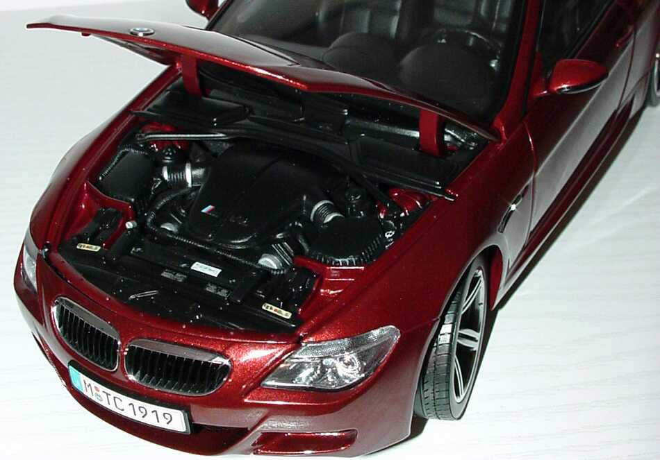 Foto 1:18 BMW M6 Coupé (E63) indianapolisrot-met. Werbemodell Kyosho 80430398134
