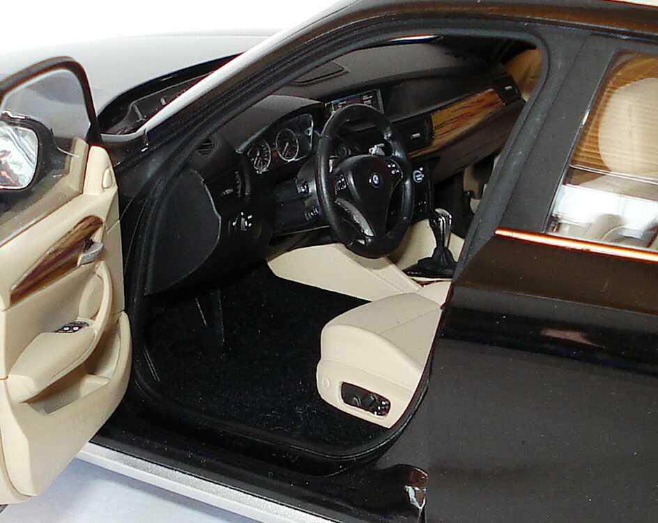 Foto 1:18 BMW X1 xDrive 28i (E84) saphirschwarz-met. Werbemodell Kyosho 80432156801