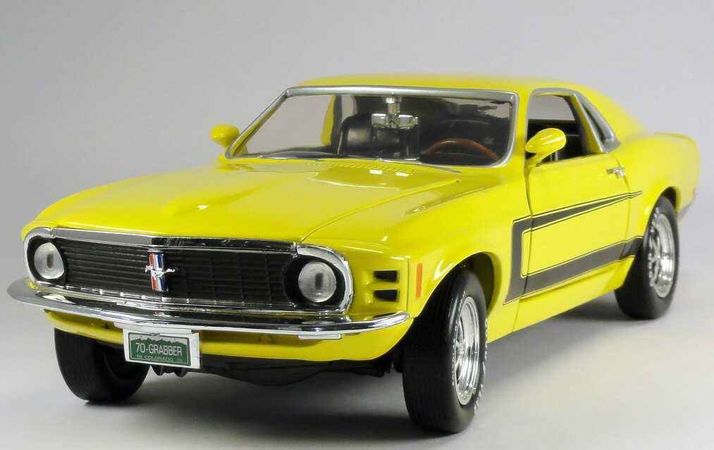 1 18 ford mustang grabber 1970 yellow yellow ertl 39060m. Black Bedroom Furniture Sets. Home Design Ideas