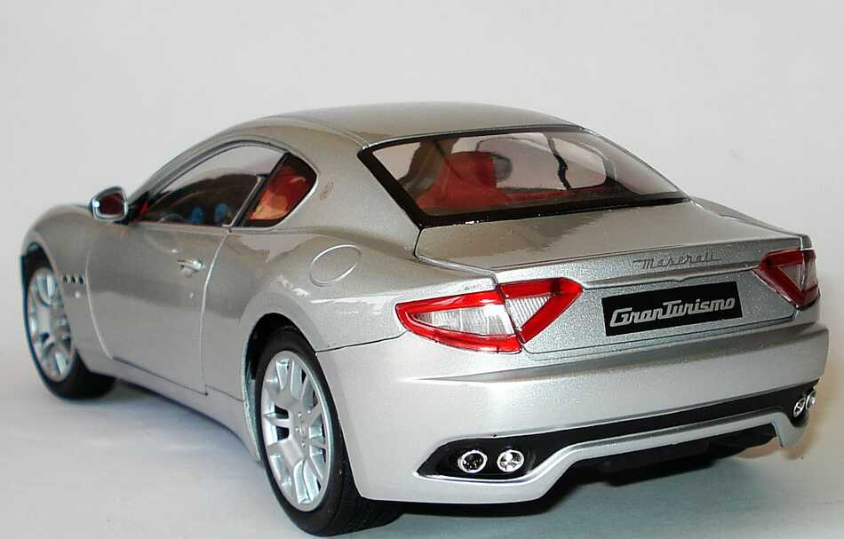 Maserati granturismo silber met mondo motors 500413 bild 3 for M i motors