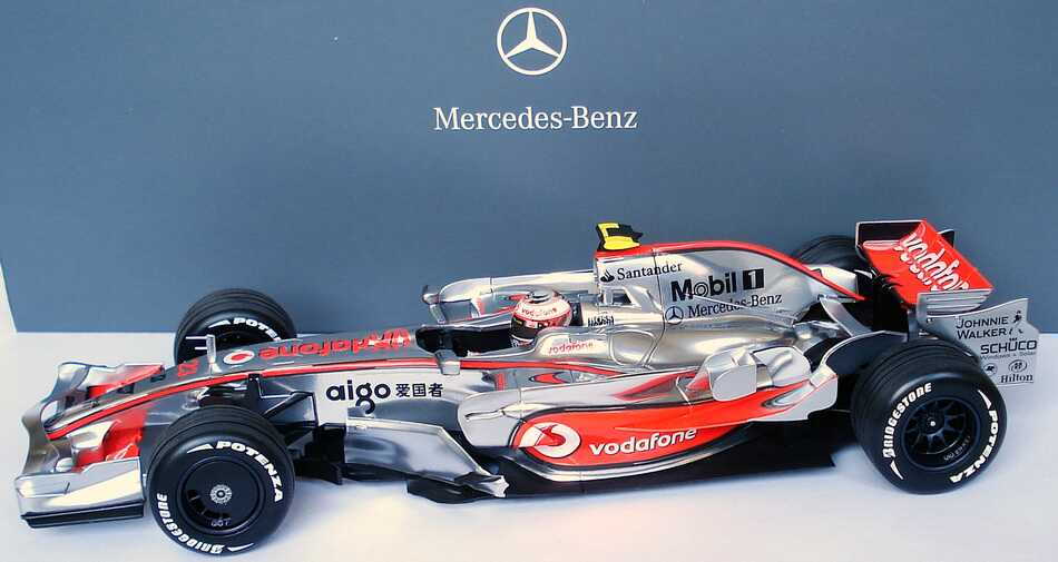 mclaren mercedes mp 4 23 formel 1 2008 vodafone. Black Bedroom Furniture Sets. Home Design Ideas