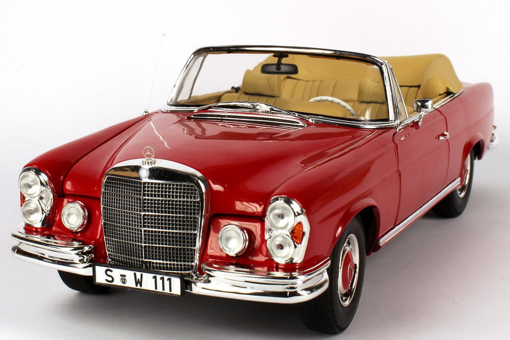 1 18 mercedes benz 280se cabrio w111 signal rot red. Black Bedroom Furniture Sets. Home Design Ideas