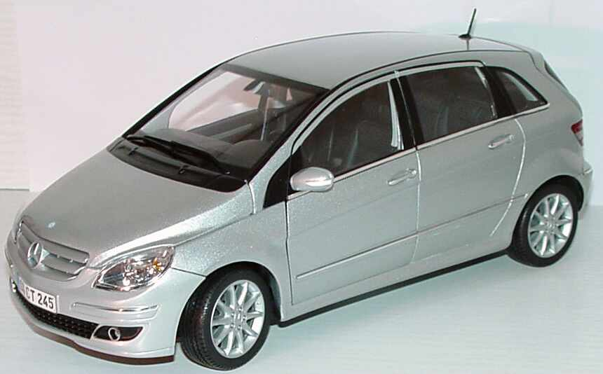 mercedes benz b klasse w245 polarsilber met werbemodell kyosho b66962326 bild 2. Black Bedroom Furniture Sets. Home Design Ideas