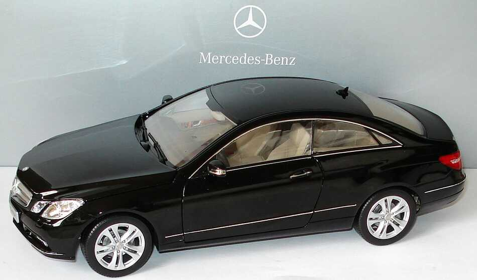 1 18 mercedes benz e klasse coup 2009 c207. Black Bedroom Furniture Sets. Home Design Ideas