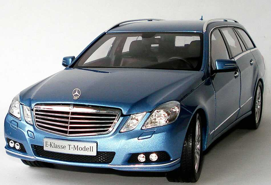 1 18 mercedes e klasse t modell s212 indigolith blau blue dealer edition oem ebay. Black Bedroom Furniture Sets. Home Design Ideas