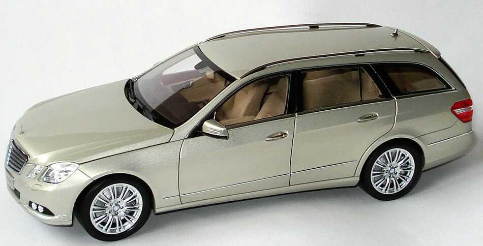 1:18 Mercedes-Benz E-Klasse T-Modell (S212) Elegance perlbeigemet. (MB)
