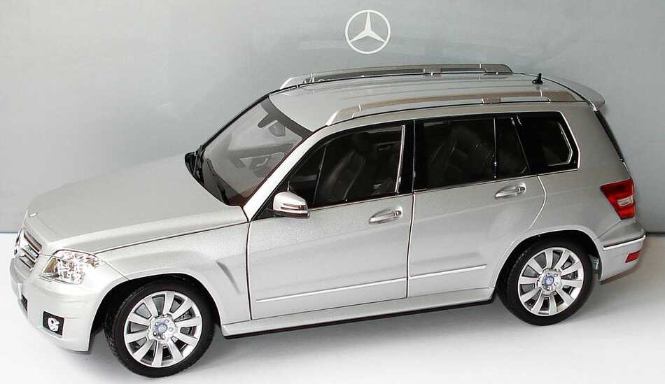 Minichamps Mercedes M