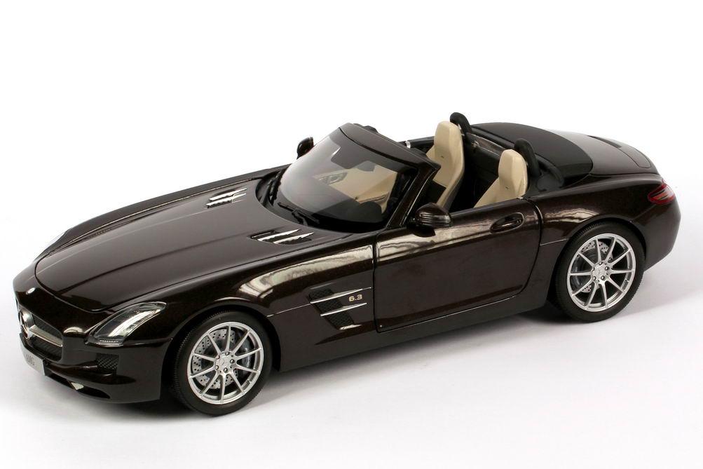 1:18 Mercedes-Benz SLS AMG Roadster (R197) sepang-braun-met. (MB)