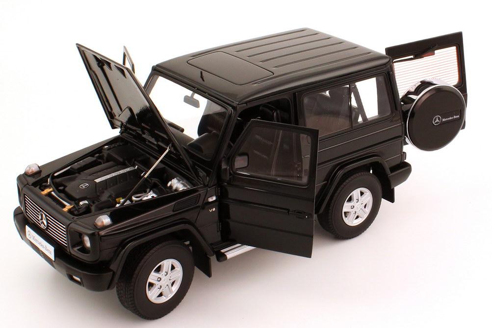mercedes benz g modell kurz g 500 1989 w463 swb schwarz autoart 76111 bild 6. Black Bedroom Furniture Sets. Home Design Ideas