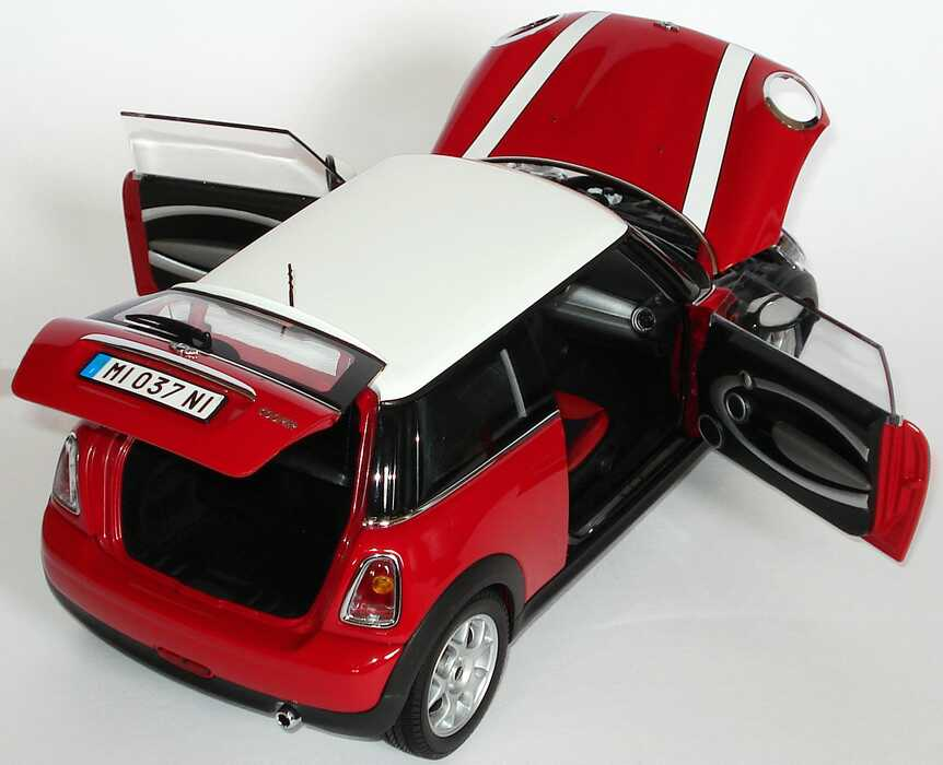 mini cooper 2006 chilired dach wei werbemodell kyosho 80430410405 bild 7. Black Bedroom Furniture Sets. Home Design Ideas