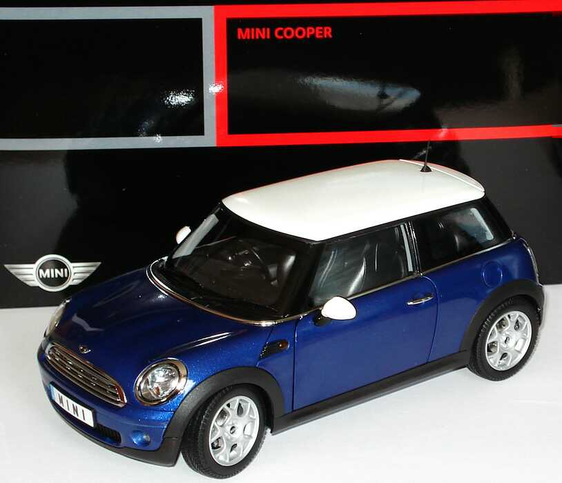 1 18 mini cooper 2006 lightningbluemet dach wei rechtslenker werbemodell kyosho 80430410406. Black Bedroom Furniture Sets. Home Design Ideas