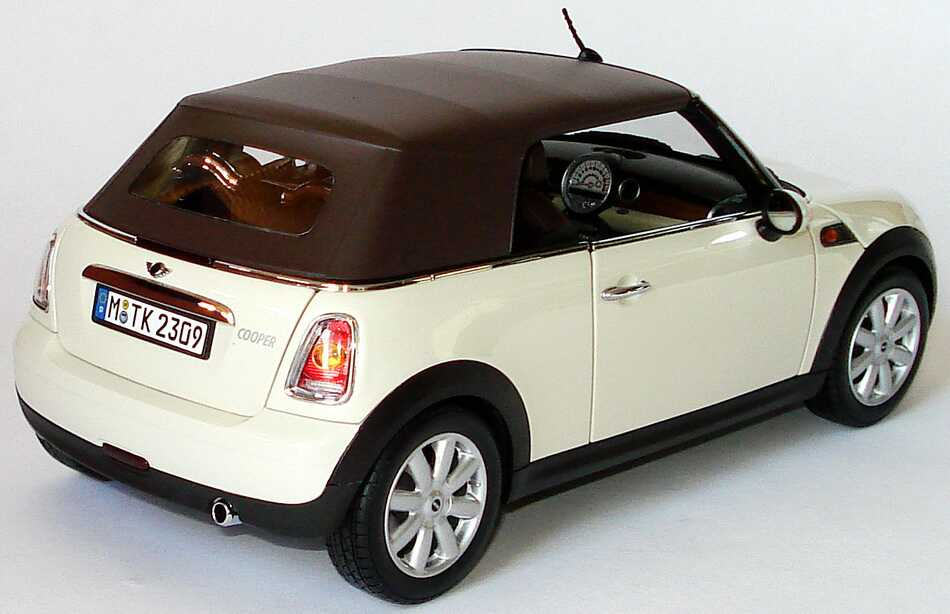 mini cooper cabrio r57 2009 pepperwhite werbemodell kyosho 80432148812 bild 14. Black Bedroom Furniture Sets. Home Design Ideas