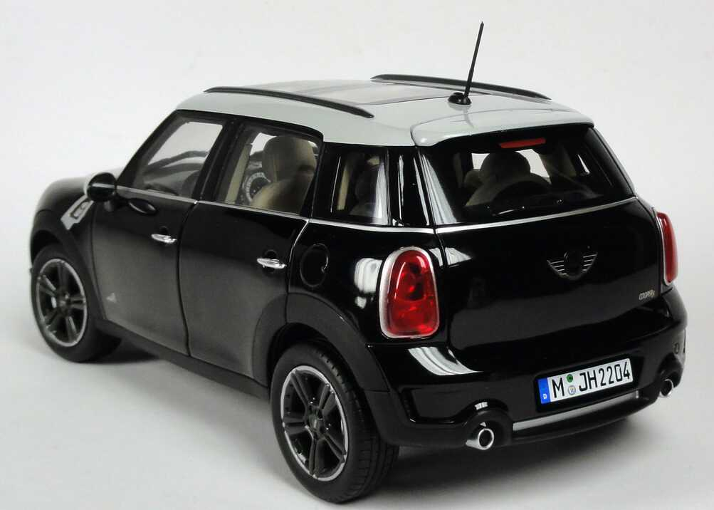 mini countryman cooper s all4 r60 absolute black met. Black Bedroom Furniture Sets. Home Design Ideas