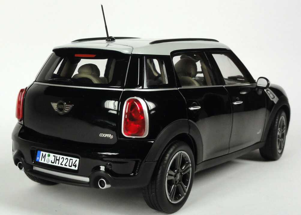 1 18 mini countryman cooper s all4 r60 absolute black schwarz dealer ed oem ebay. Black Bedroom Furniture Sets. Home Design Ideas