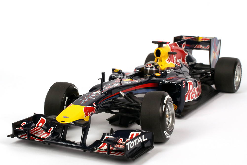 red bull racing renault rb6 formel 1 2010 nr 5 sebastian vettel minichamps 110100005 bild 2. Black Bedroom Furniture Sets. Home Design Ideas