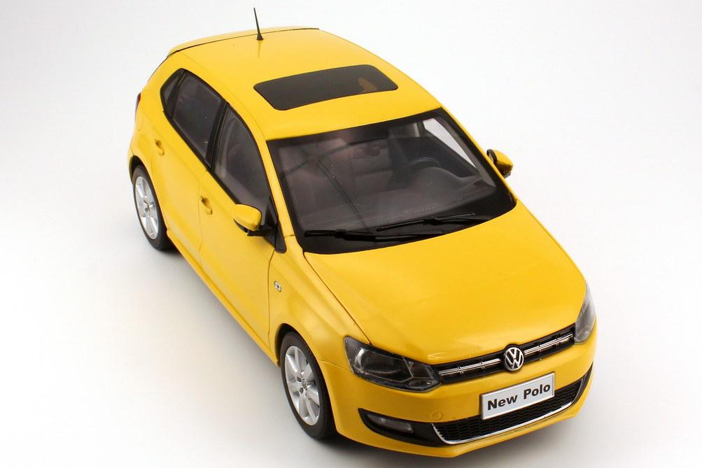1 18 vw shanghai volkswagen polo v 2011 4t rig 4door gelb yellow paudi 2246y ebay. Black Bedroom Furniture Sets. Home Design Ideas