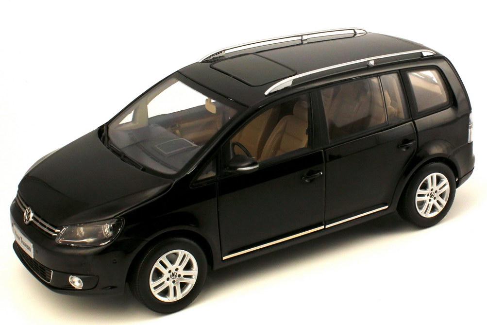1 18 vw shanghai volkswagen touran gp2 2011 schwarz black paudi 2255bk ebay. Black Bedroom Furniture Sets. Home Design Ideas