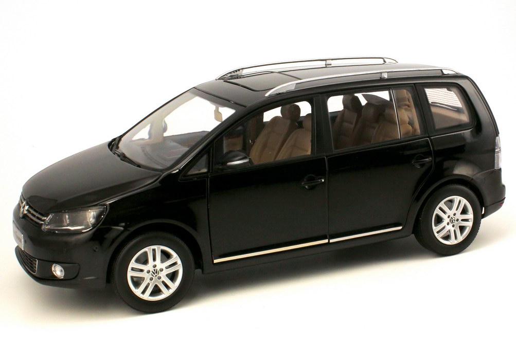vw cross touran interior 2017 2018 best cars reviews. Black Bedroom Furniture Sets. Home Design Ideas