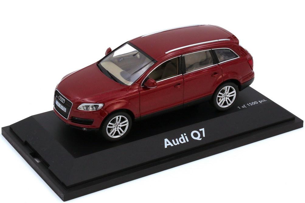 1:43 Audi Q7 4.2 FSI quattro (Typ 4L) granatrot-met.