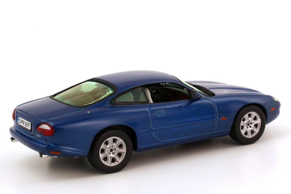 jaguar xk8 x100 coup antigua blue met vitesse v101c bild 6. Black Bedroom Furniture Sets. Home Design Ideas