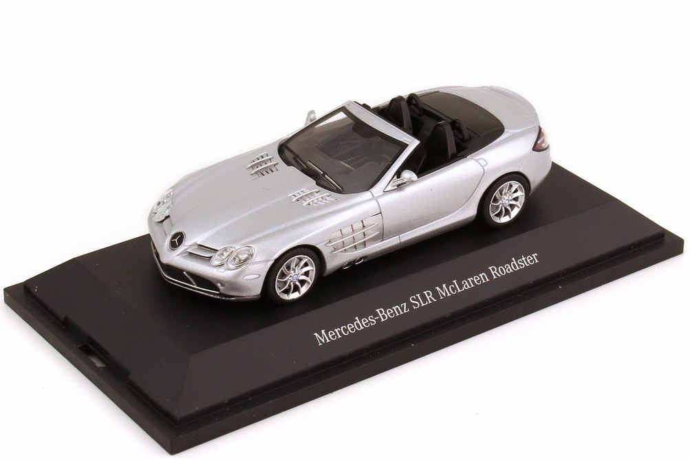 1:43 Mercedes-Benz SLR McLaren Roadster (R199) crystal galaxite silver (MB)
