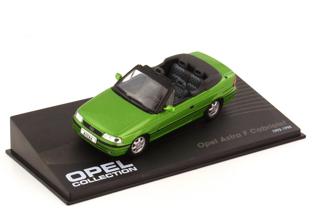Foto 1:43 Opel Astra F Cabriolet tropicalgreen-met. - Ixo Altaya Opel Collection 9