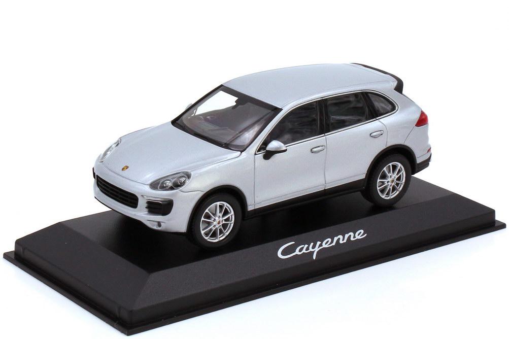 1:43 Porsche Cayenne (Typ 92A Facelift) klassiksilber-met. (Porsche)