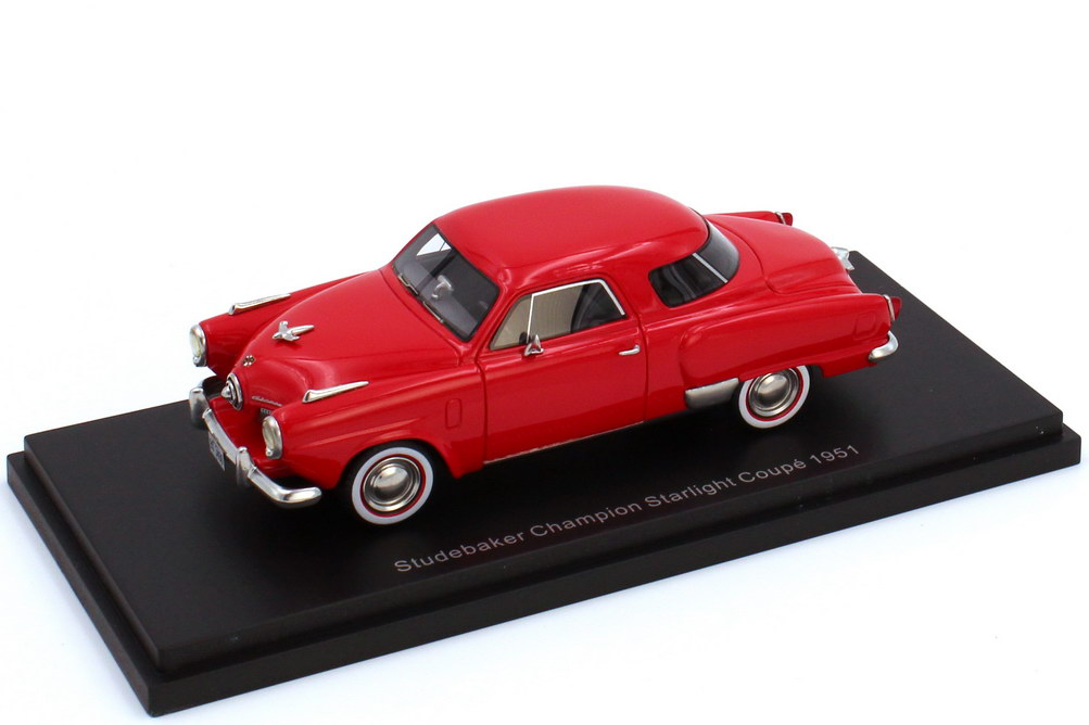 1:43 Studebake Champion Starlight Coupé 1951 rot