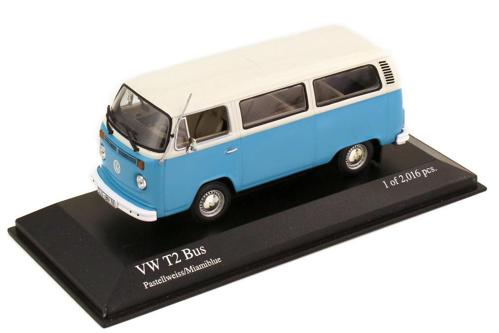 Foto 1:43 VW T2 Bus T2b 1972 pastellweiß miamiblue - Minichamps 400053001