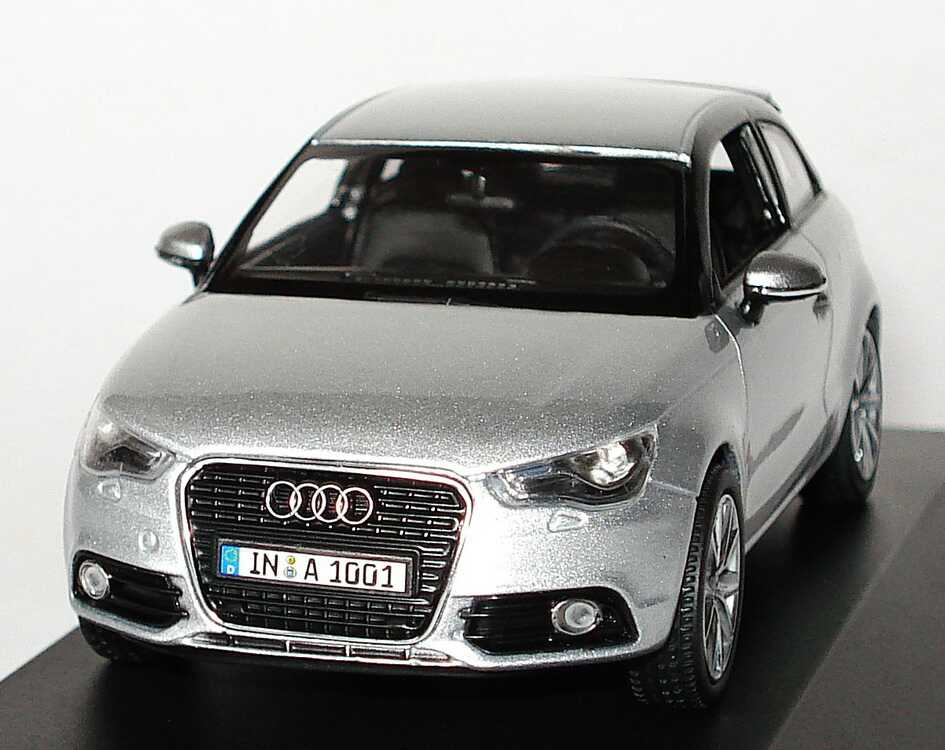 audi a1 eissilber met werbemodell kyosho 5011001013 bild 3. Black Bedroom Furniture Sets. Home Design Ideas