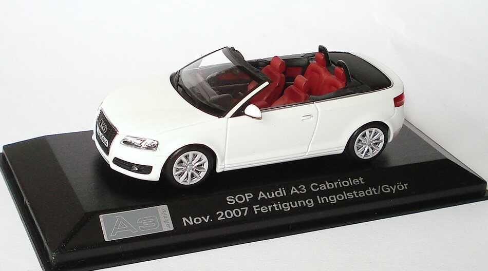"1:43 Audi A3 Cabrio ibisweiß ""SOP Nov. 2007 Fertigung Ingolstadt / Györ"" (Audi)"