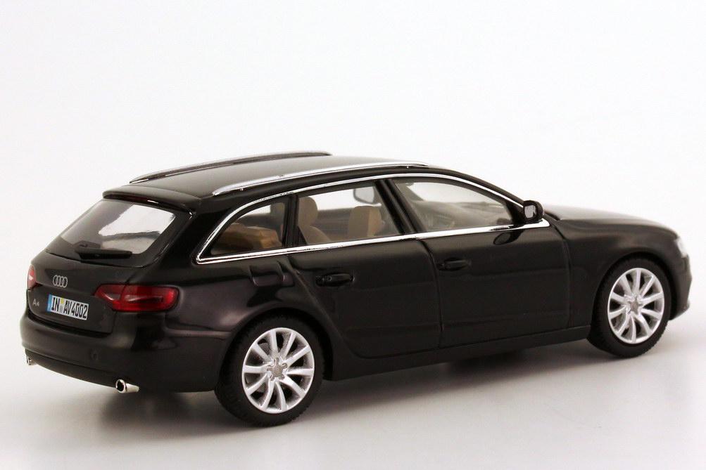 Audi A4 Avant B8 Faclift 2012 Phantom Schwarz Met
