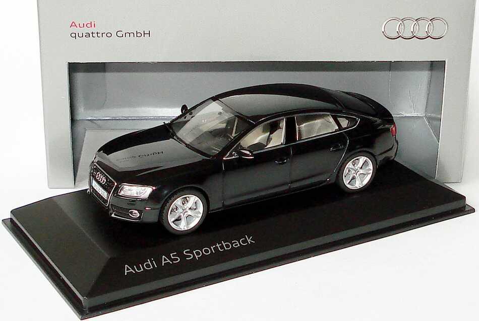 1 43 Audi A5 Sportback 3 2 Fsi Quattro Phantomschwarz Met