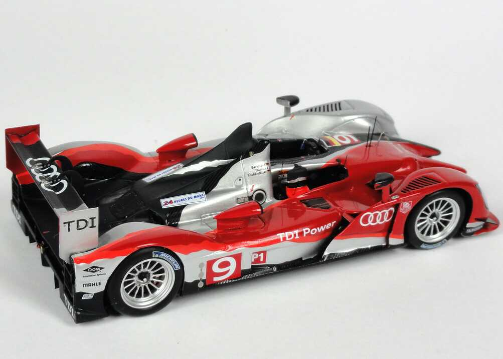 audi r15 tdi 24h von le mans 2010 nr 9 bernhard dumas rockenfeller siegerfahrzeug. Black Bedroom Furniture Sets. Home Design Ideas