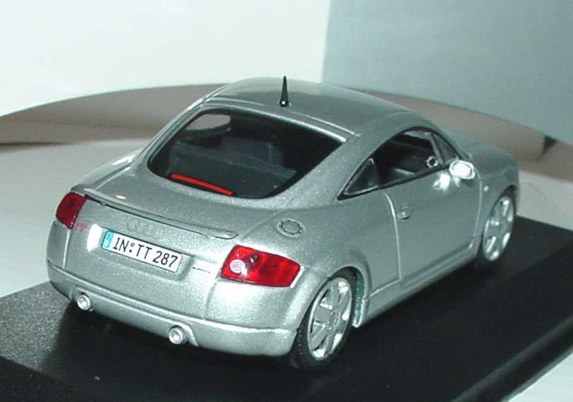 audi tt coup 8n mit heckspoiler lichtsilber met. Black Bedroom Furniture Sets. Home Design Ideas