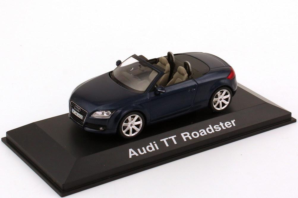 1:43 Audi TT Roadster 2006 tiefseeblau-met. (Audi)