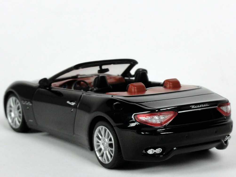 maserati grancabrio nero carbonio met minichamps 400123930 bild 4. Black Bedroom Furniture Sets. Home Design Ideas