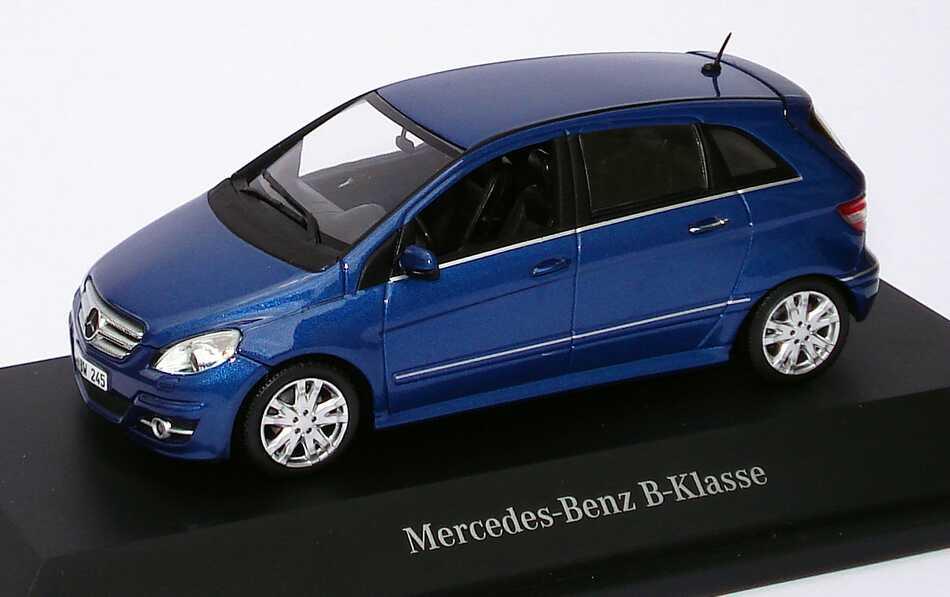 1 43 mercedes benz b klasse facelift 2008 w245 lotusblau met werbemodell minichamps b66962407. Black Bedroom Furniture Sets. Home Design Ideas