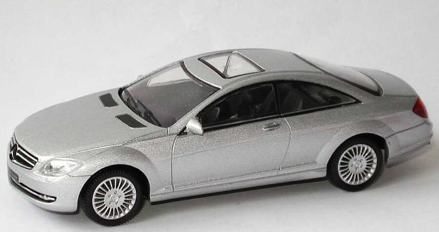 1:43 Mercedes-Benz CL Coupé (C216) silbermet.