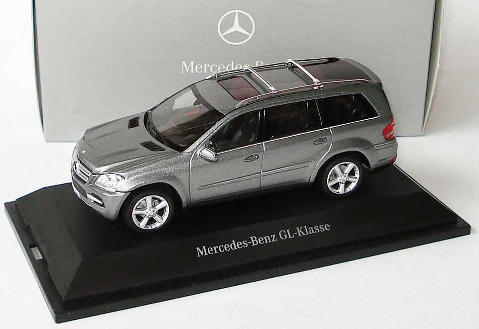1:43 Mercedes-Benz GL-Klasse Facelift 2009 (X164) palladiumsilbermet. (MB)