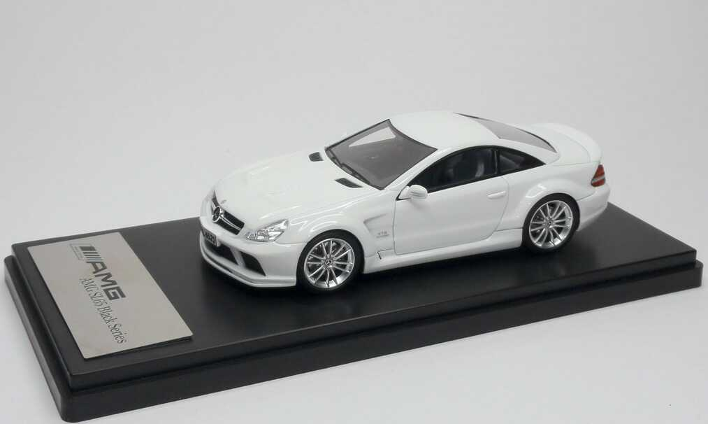 1:43 Mercedes-Benz SL 65 AMG Black Series (R230, Modell 2008) weiß