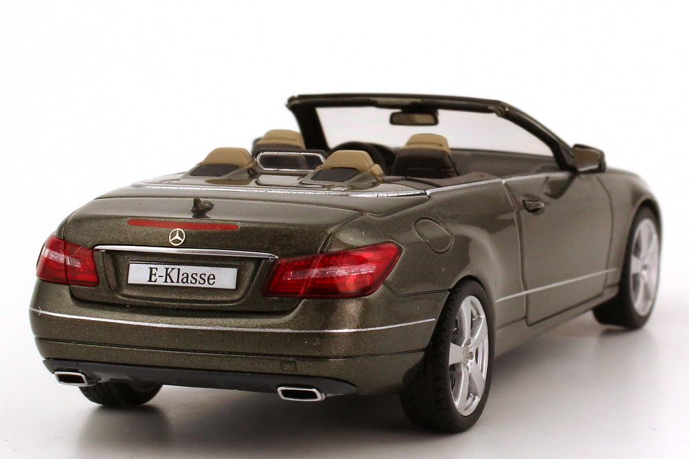 1 43 mercedes benz e klasse cabrio a207 stannitgrau dealer edition schuco ebay. Black Bedroom Furniture Sets. Home Design Ideas